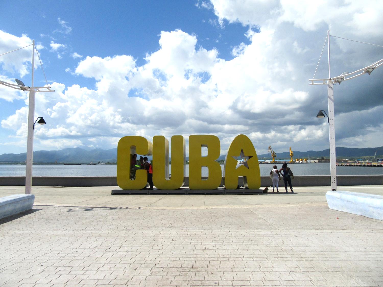 SDC- Yellow Cuba Sign